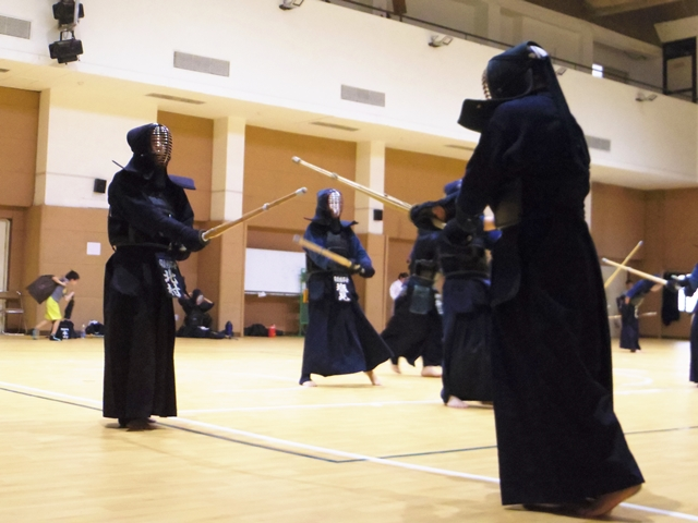 剣印会の稽古風景2